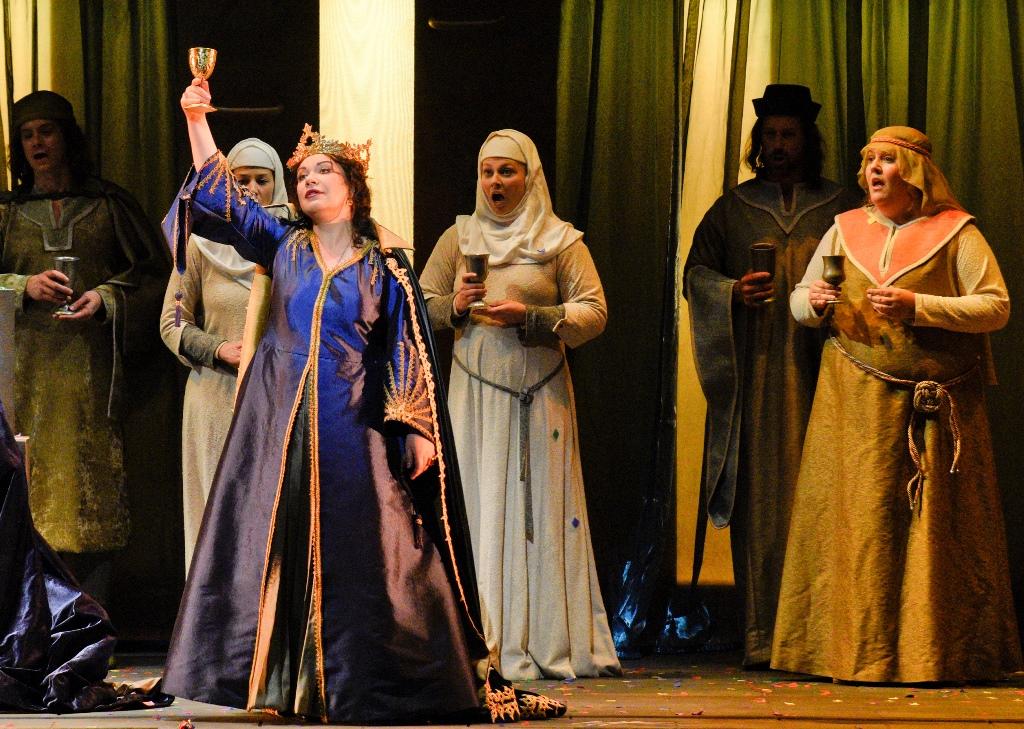Macbeth, Act 2