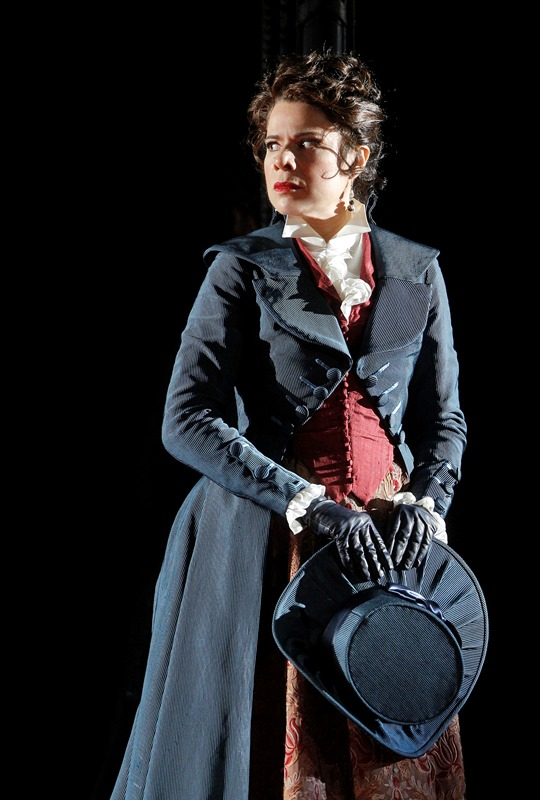 Anna Maria Martinez as Donna Elvira
