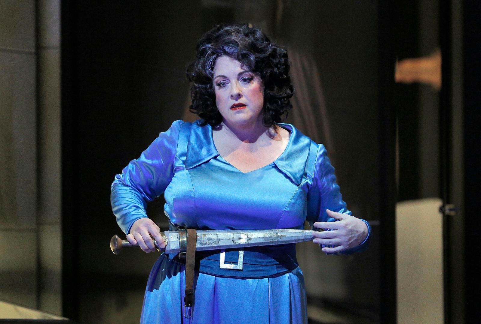Michaela Martens as Klytemnestra