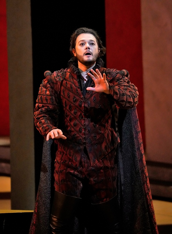 Tenor Arturo Chacón-Cruz as Duke of Mantua