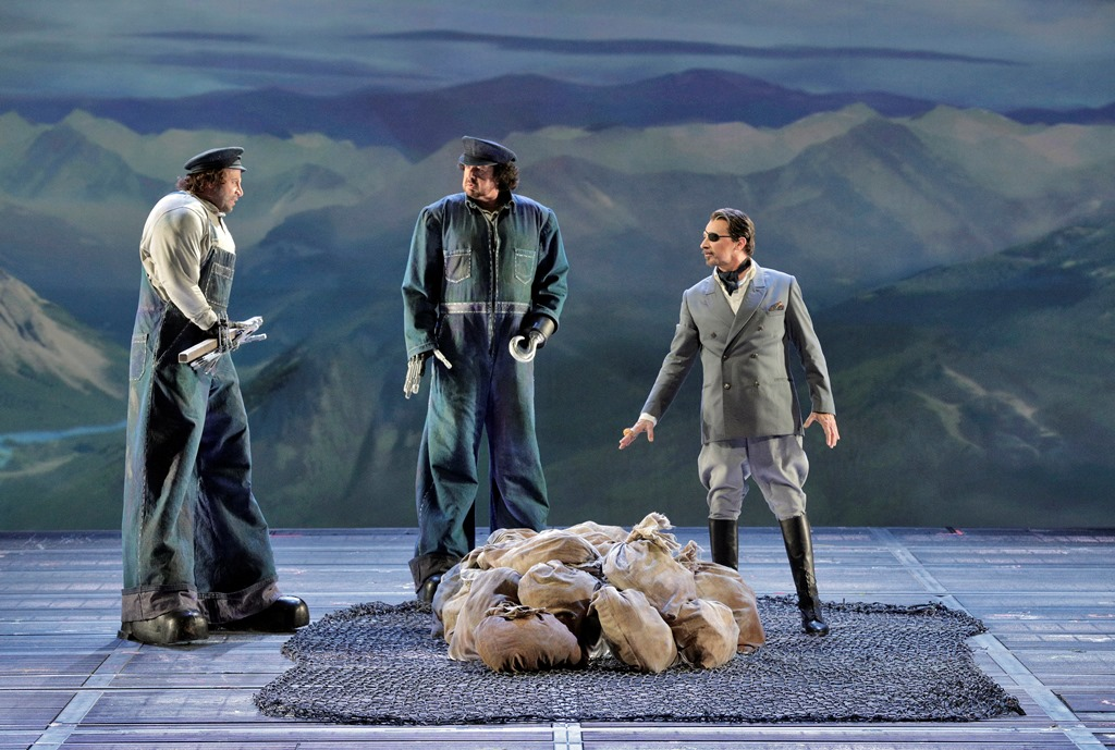 Raymond Aceto as Fafner, Andrea Silvestrelli as Fasolt and Greer Grimsley as Wotan