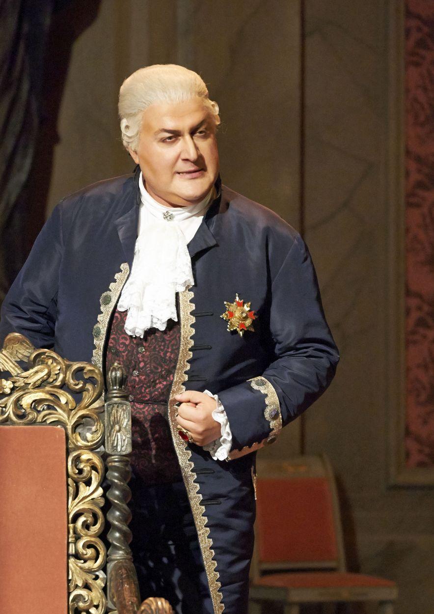 As Scarpia at the Vienna State Opera, Photo:Michael Poehn