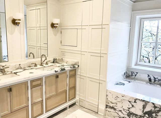 We have a thing for beautifully veined and unique marble #silvanadaddaziodesign #silvanadaddazio #interiordesign #torontointeriordesign #design #bathroomdesign