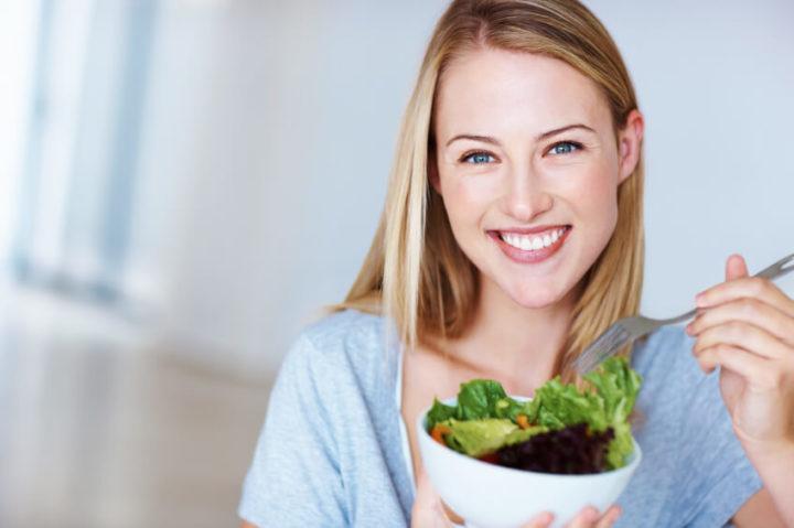lady-eating-salad.jpg