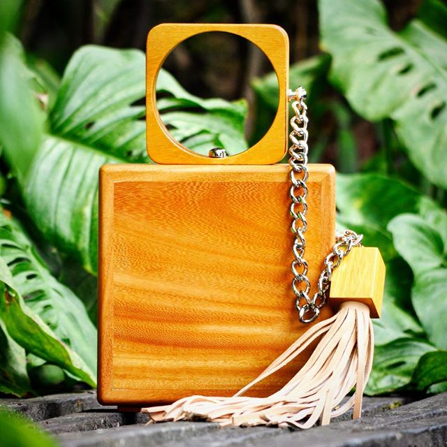 LuSH 👝🌿🍃 #sustainableluxury #madebycostarica