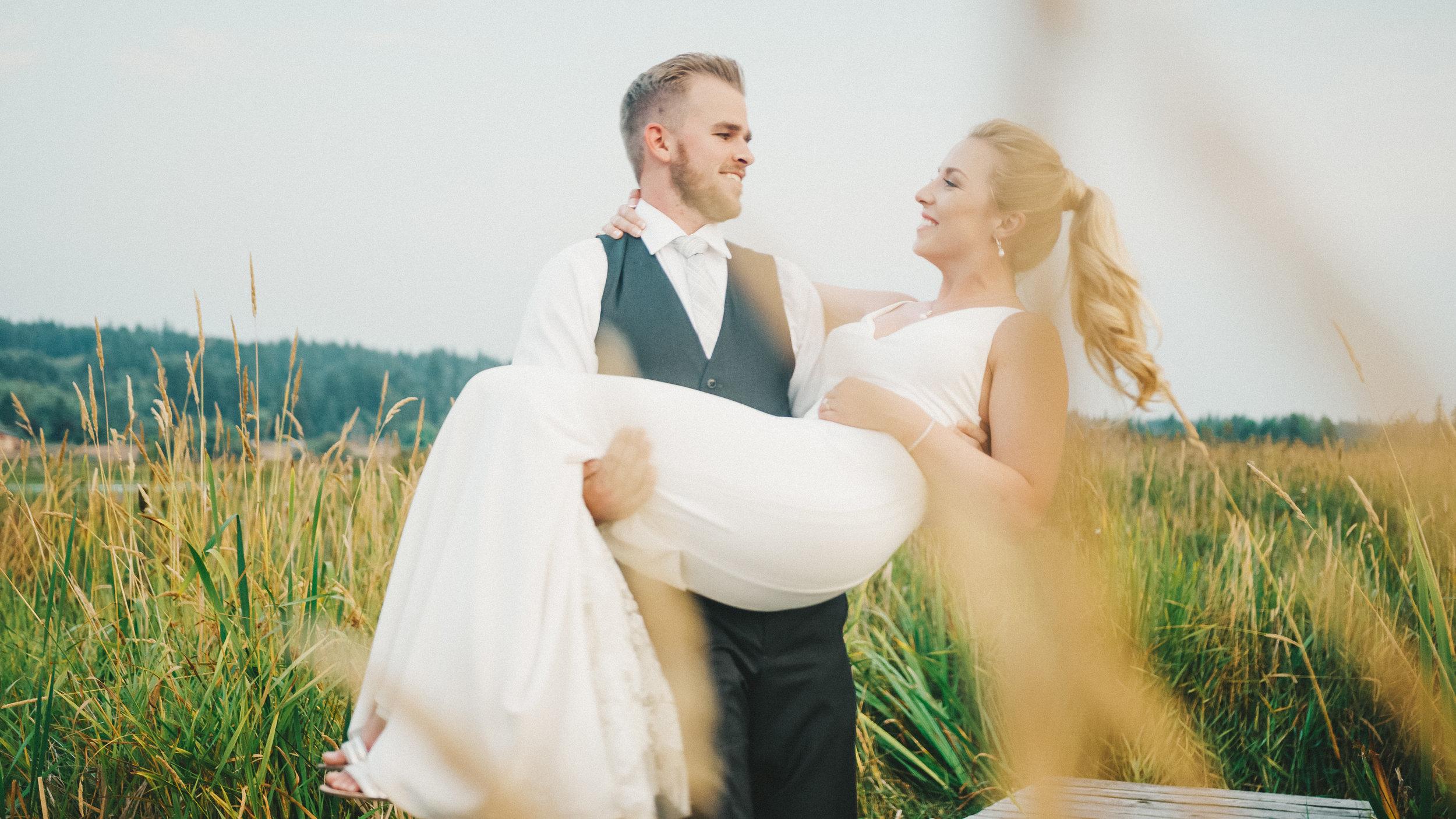 Brittany&Tyler-FireseedCateringWedding-NewlyFilms-16.jpg