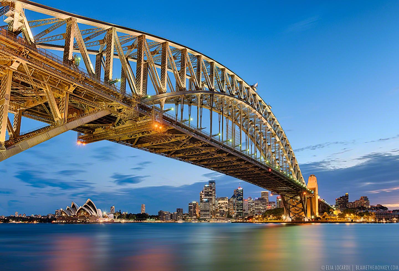 Elia-Locardi-Travel-Photography-Sydney-Lights-Australia-1440-WM-DM.jpg