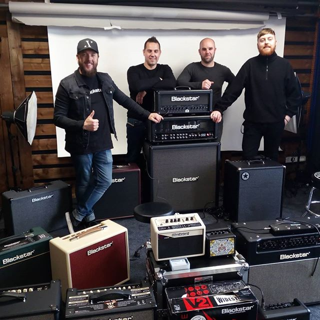Great day checking out everything Blackstar  #blackstaramps #musicmakereire #guitarporn #guitarsdaily #guitarspotter #guitarsarebetter #brendanguitarmaher