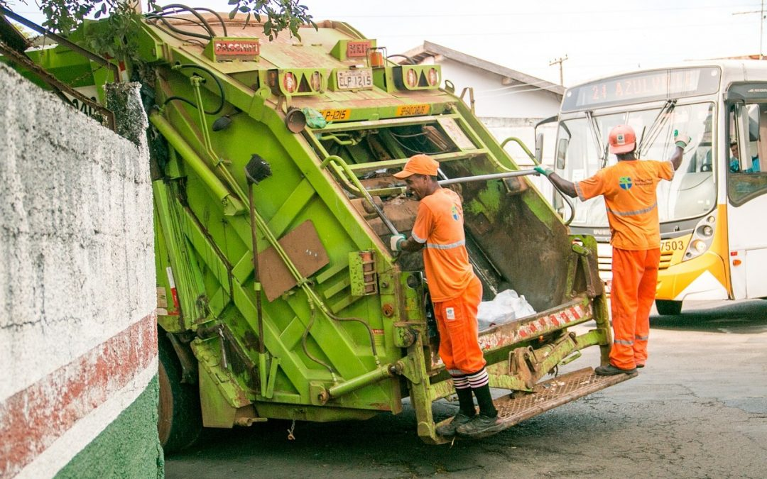 Trash-truck-photo-1080x675.jpg