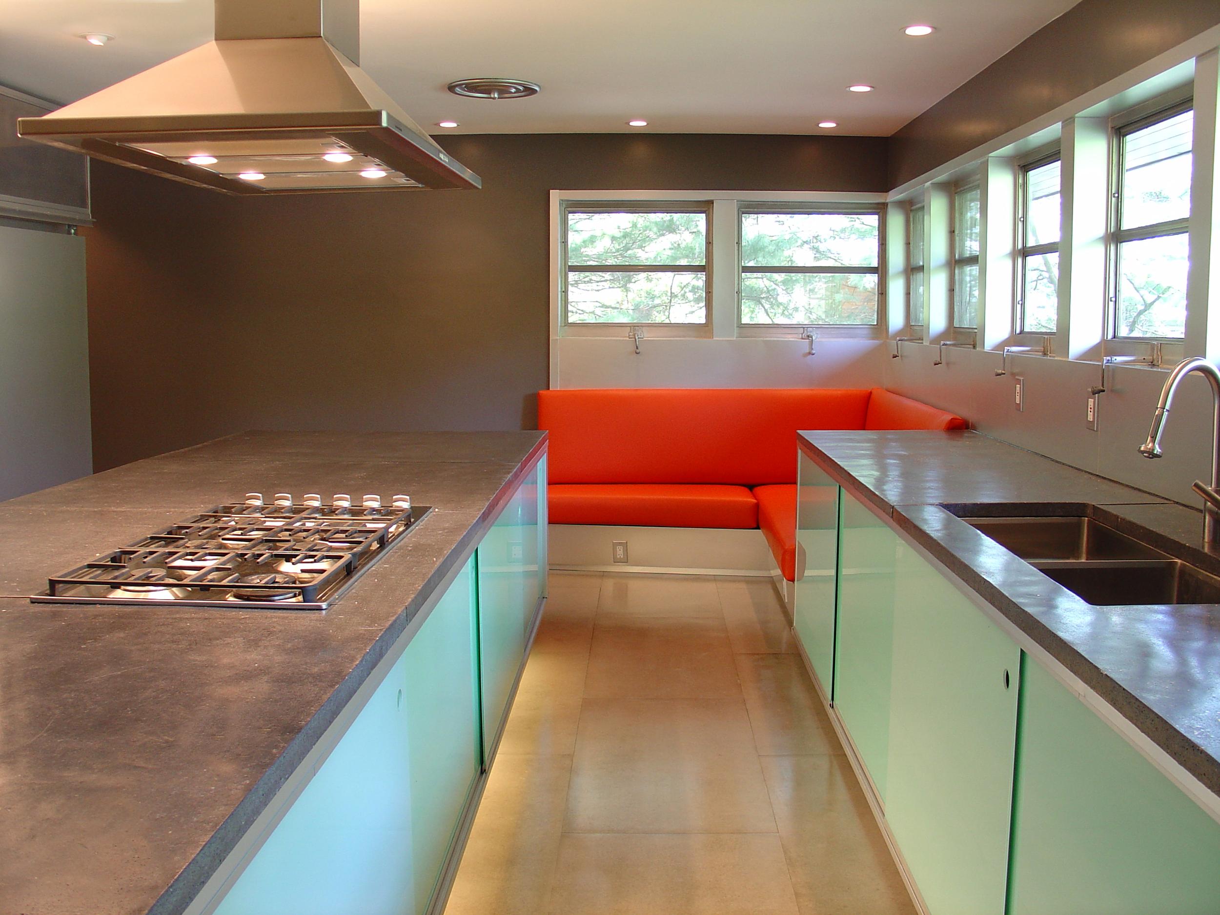 2_kitchen &benc.png
