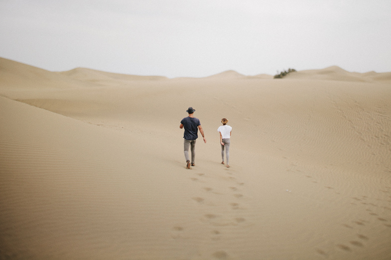 serafin-castillo-gran-canaria-engagement-dunes-fotografo-de-bodas-10.jpg