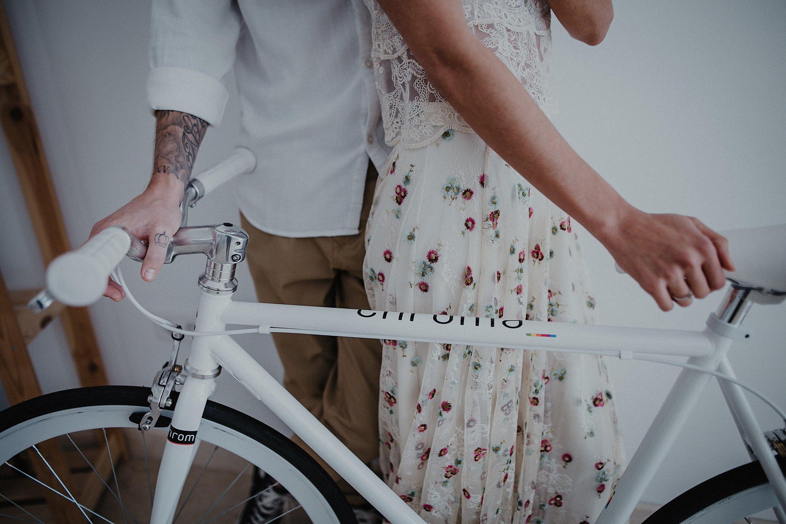 Serafin Castillo Fotografo de bodas sesion en casa intimate wedding photographer (129 de 295).jpg