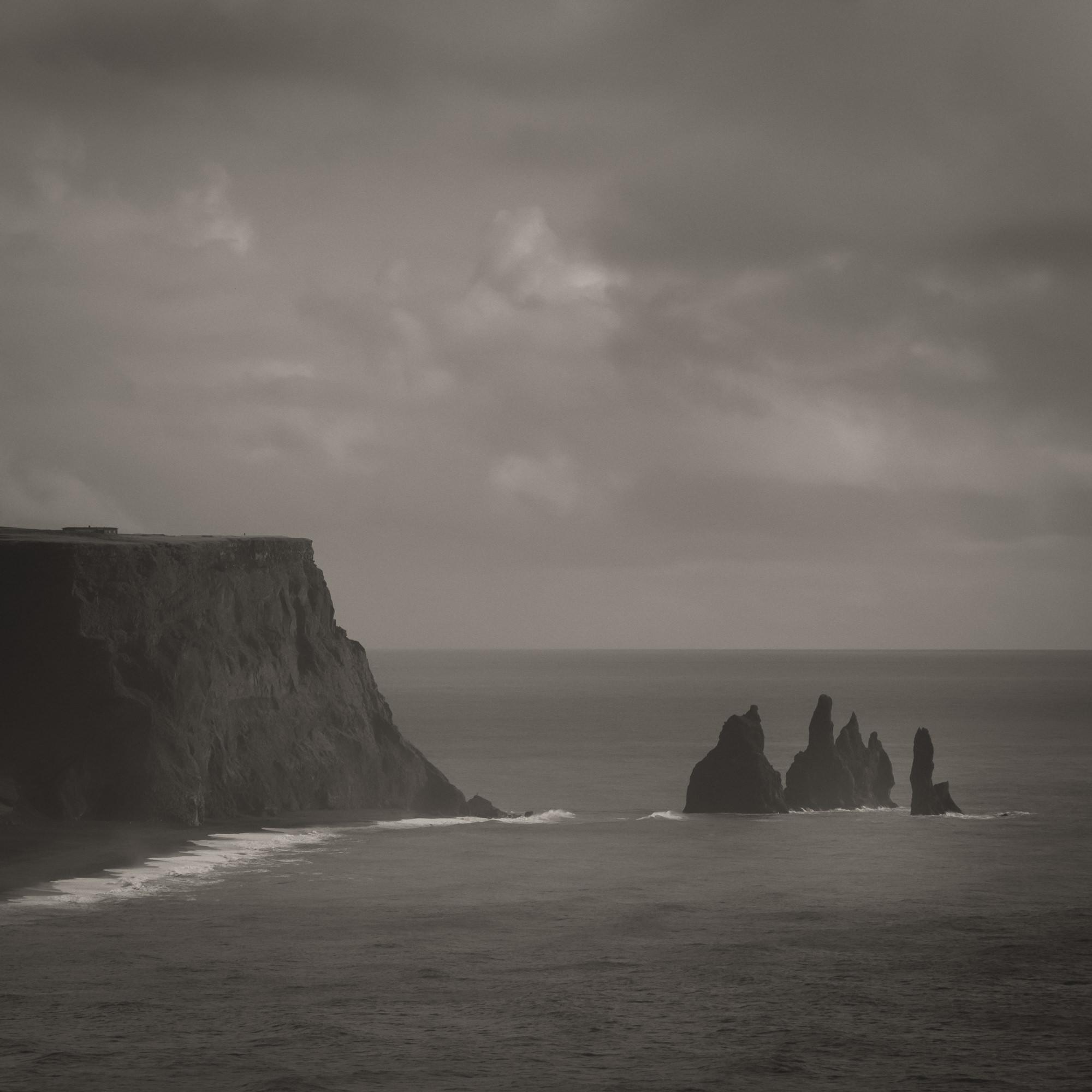 Atlantic Ocean, Vik, Iceland.  ISO 100, 170mm, f8, 1/800 sec