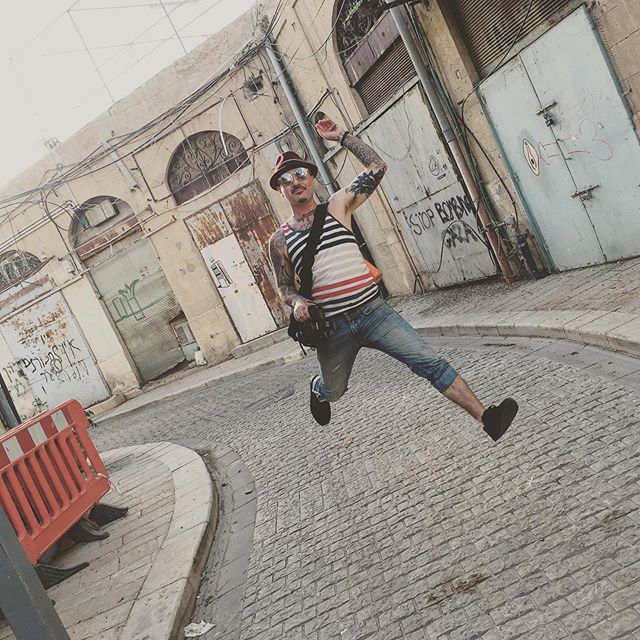 Floating through streets of the Mother land... #israel #telaviv #wanderlust #monday #vsco #vscocam
