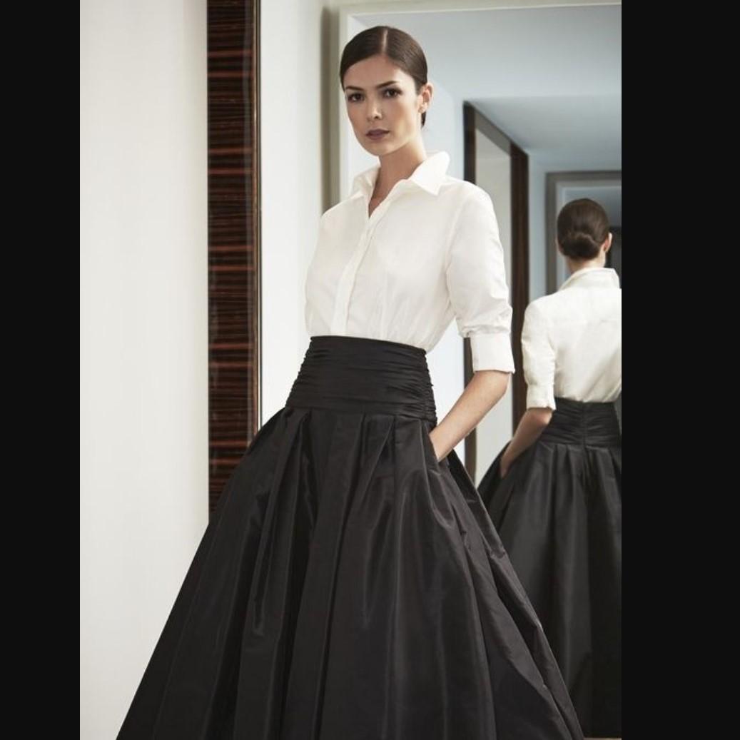 blanc blog wh shirt w skirt 2.jpg