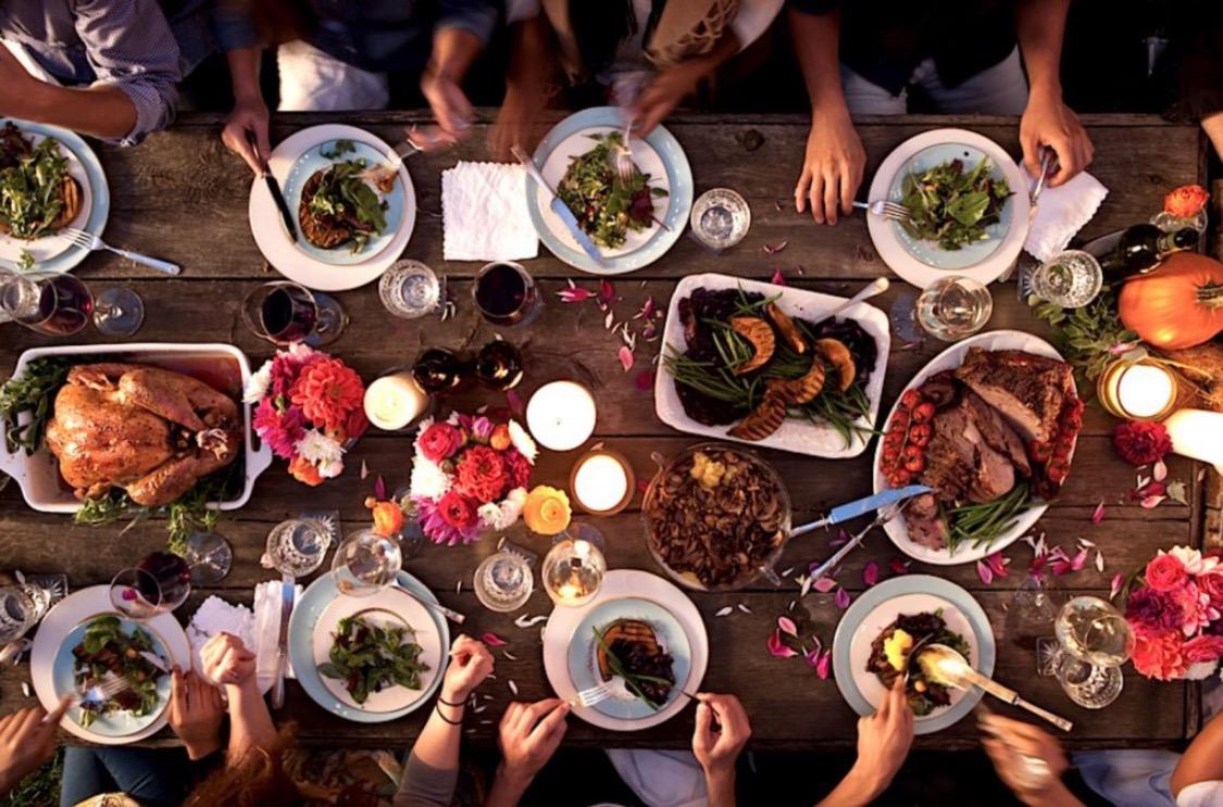 blanc blog thanksgiving table.jpg
