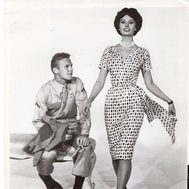 Sophia Loren 1959 film, That Kind of Woman. A Classic film beauty who personifies strong feminity. Dress designer, Samantha Sung channels fashion from the 1950's & '60's but in cotton stretch fabrics. Blanc carries Samantha Sung dresses and skirts. They sell out quickly for good reason!#samanthasungdress #blancsf #blancsananselmo #classicaline #dresses #prints #hourglass