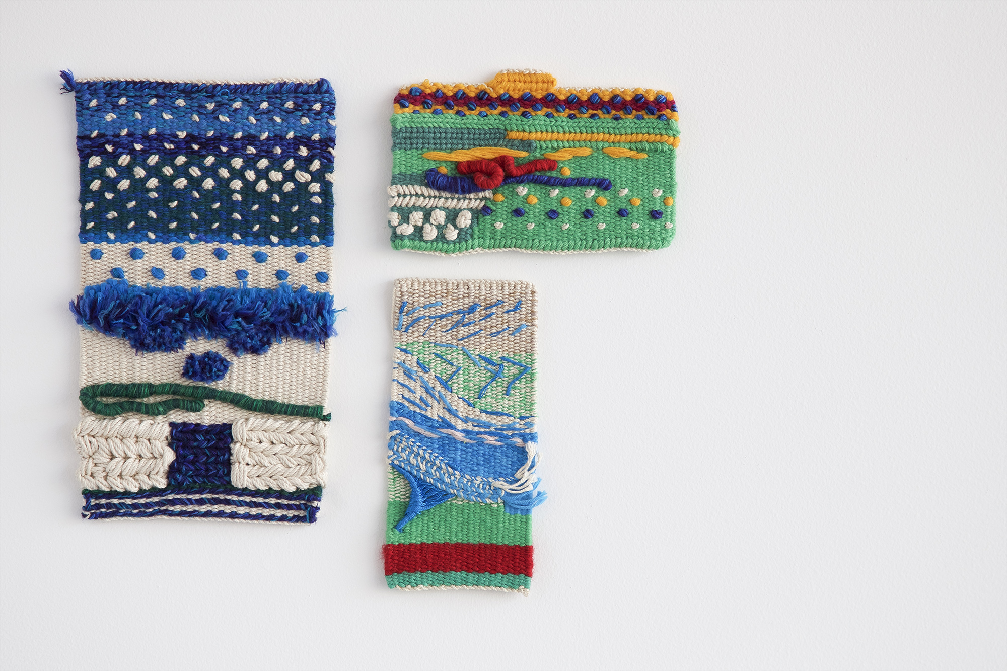 SHAPING AND TEXTURE FOR WOVEN TAPESTRY with SARA LINDSAY