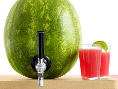 Love the idea of keeping the bevvie in the watermelon.