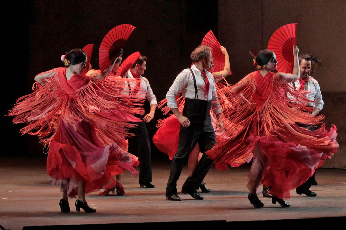 Flamenco in Carmen. Photo by Ken Howard / LA Opera