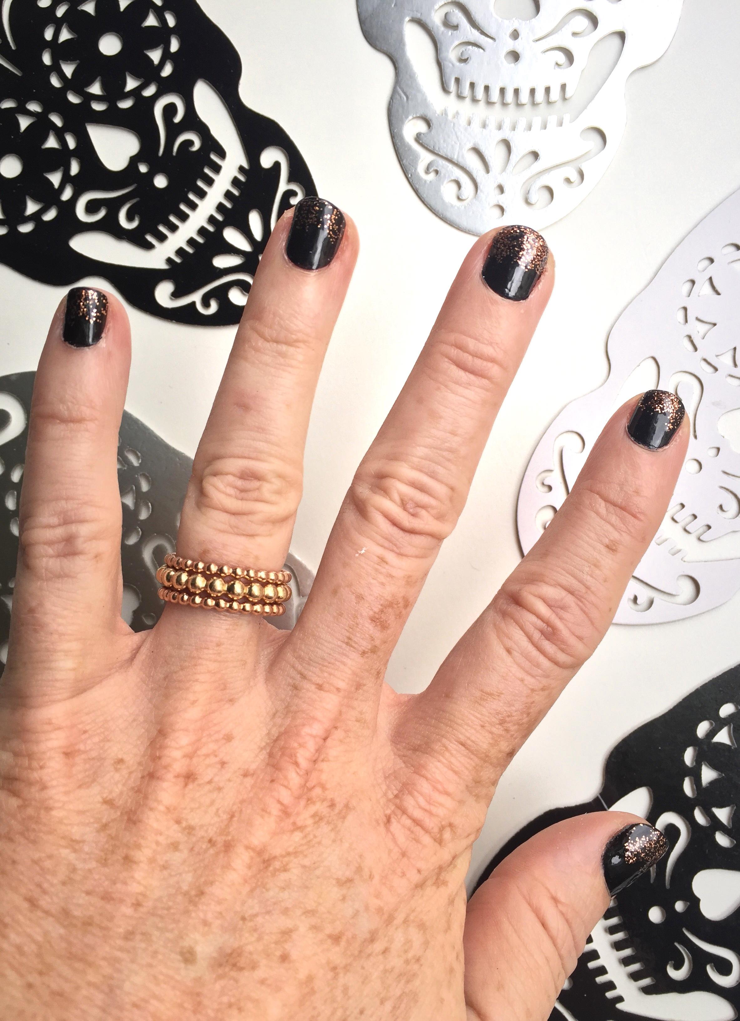 halloween manicure.jpg