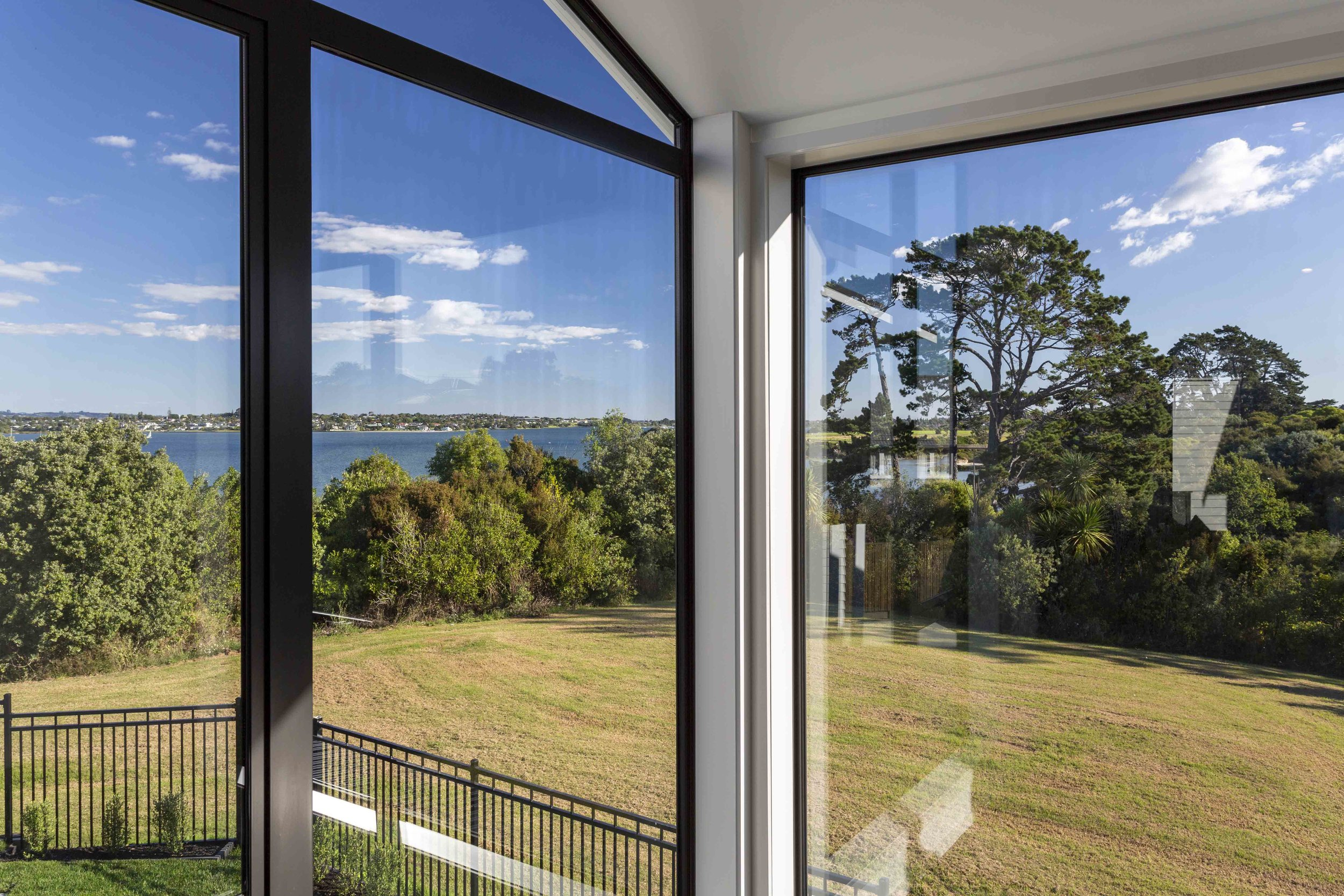 21b Fernwood Place Waiotaiki Bay 21.jpg