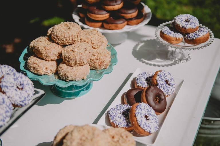 Meg Vankampen Photography - White Dress Events - Doughnuts 2 - 2015.jpg