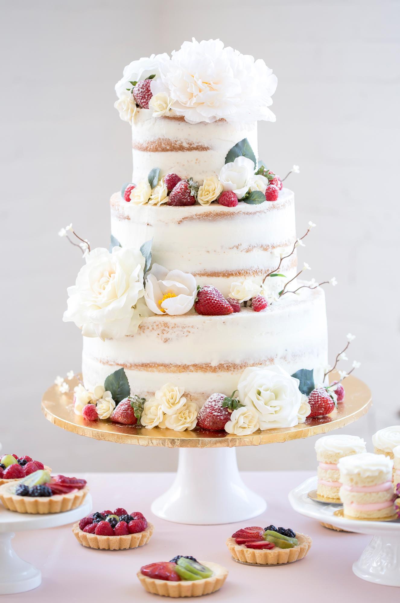 Christina Leskovar Photography - Bohemian Styled Wedding Shoot - Desserts _12.jpg