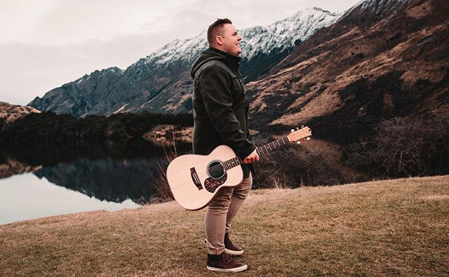 Throwback Thursday to New Zealand , when life wasn't as busy as it is right now 😂 🙌🏻 ps : I covered a song with @chelseabermanmusic , link in bio!