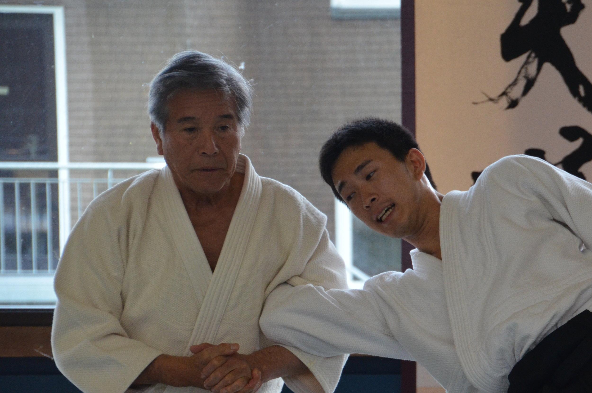 Shimizu Sensei mit Wakasensei auf dem Herzogenhorn (copy: Bodo Eidmann)