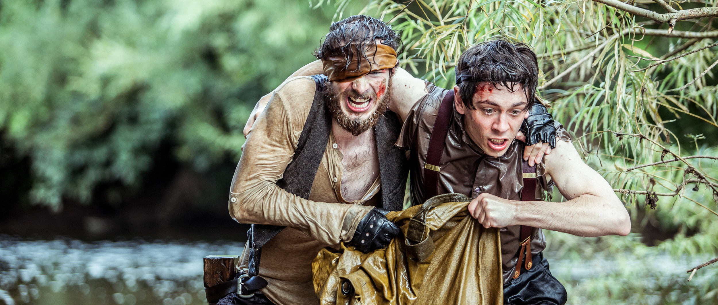 DSR - 'Clay' (Joe Newton) and 'Nugget' (Jerome Thompson) run through the shallows after being swept downriver-7.jpg