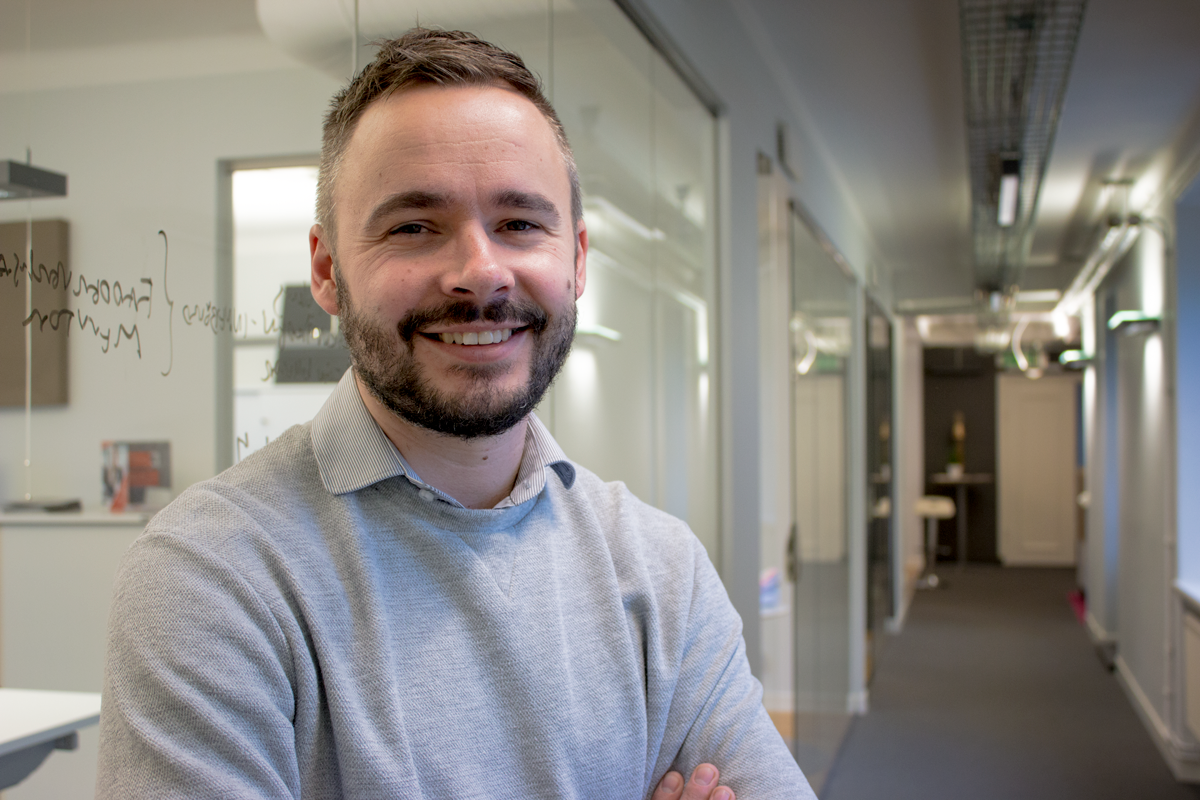 Olof Hänel är ny manusförfattare på Intermezzon