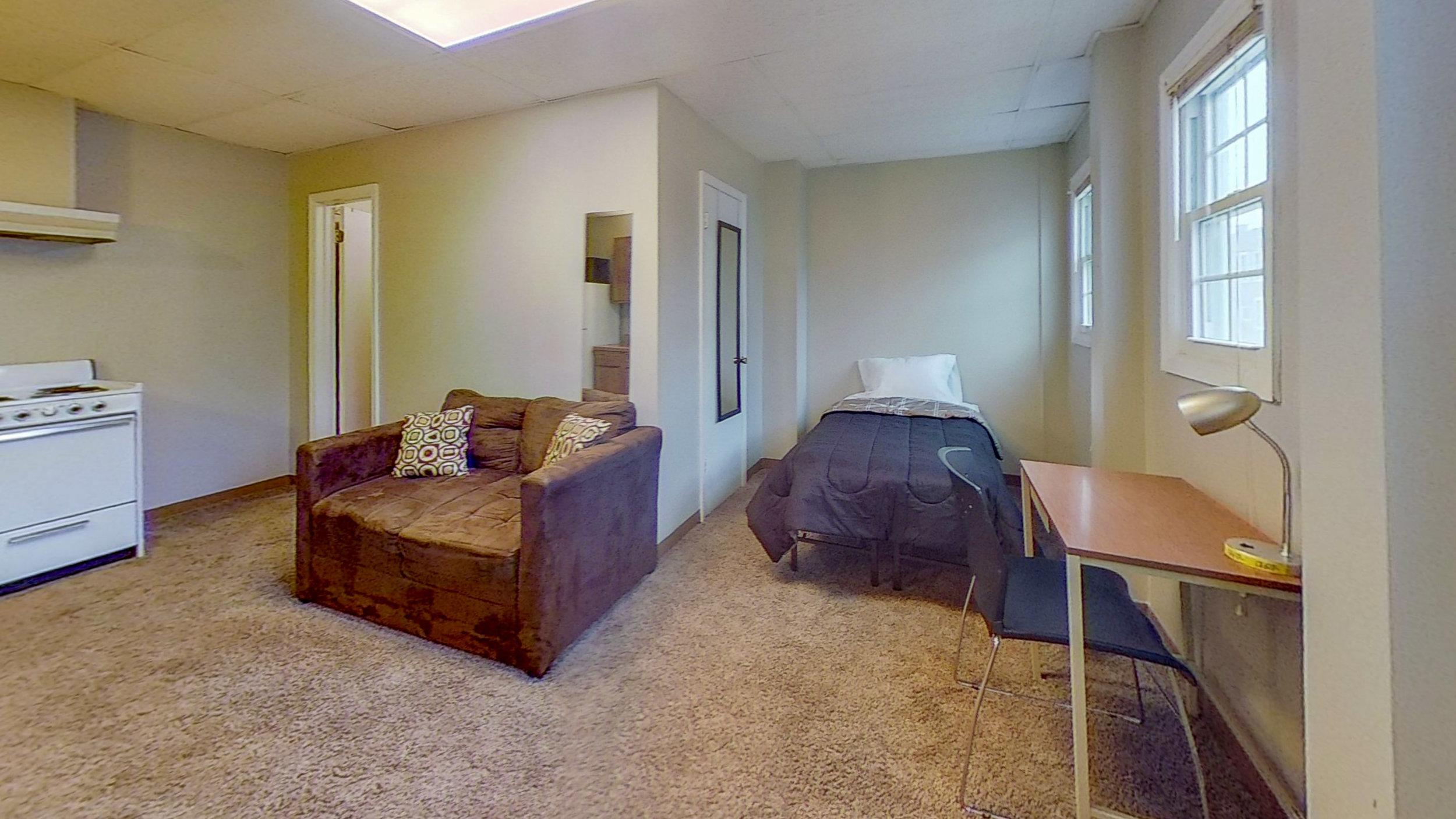 8-2223-14th-1-Bedroom.jpg