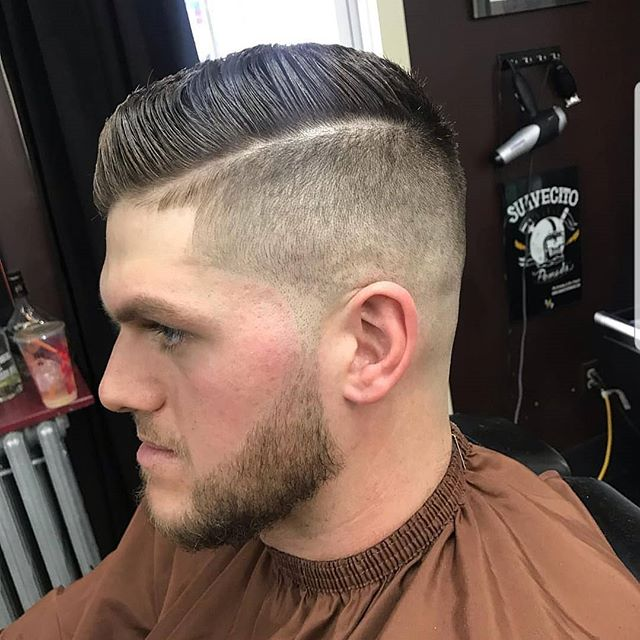 💈parted fade by @ihatenicolascage  #barber #barberlife #barbershop #menscut #cutsfordays #theshopatchrome #andis #clippers #fade #part #mensstyle #barbertalk #barberconnect