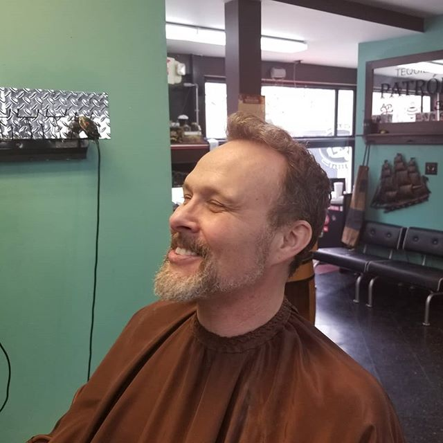 Trying to take him back a few years #barber #barbershop #menscut #paulmitchell #10mincolor #clippercut #beard #beardtrim #mensstyle #menscolor #theshopatchrome #babyliss #babylisspro #andis #barbercommunity