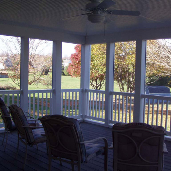 """Lazy Days"" Screen Porch & Deck"
