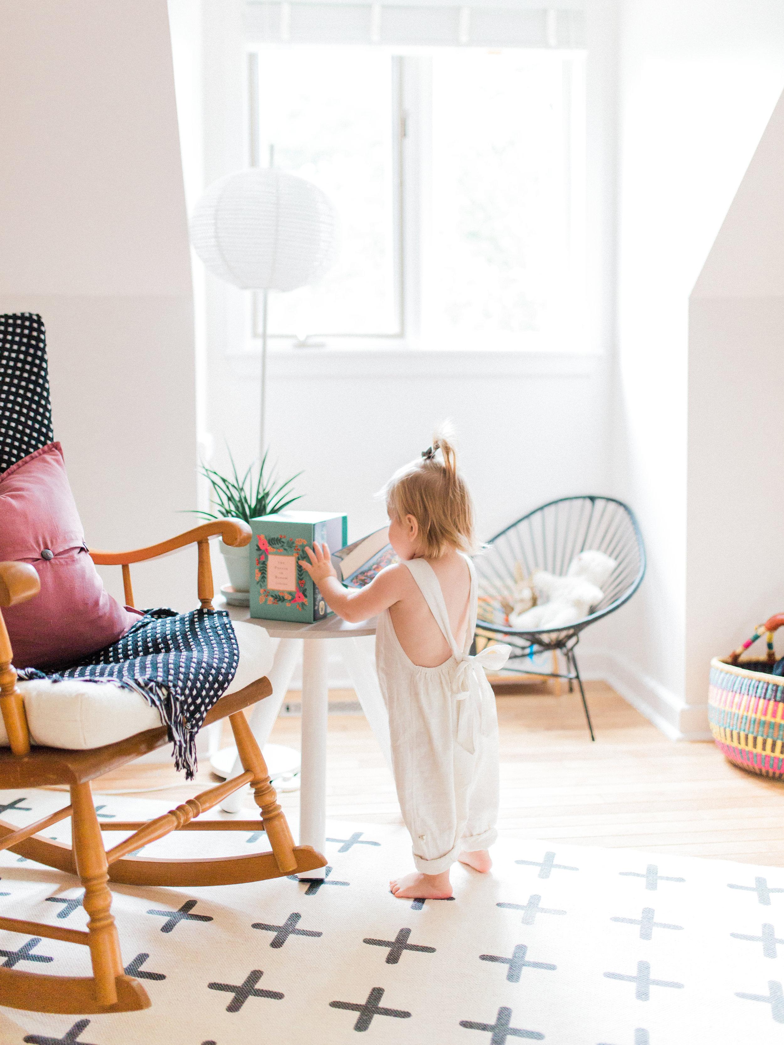 Elza Photographie - Toronto maternity photographer - Film and digital - Bright and airy - Mastin Labs - Motherhood