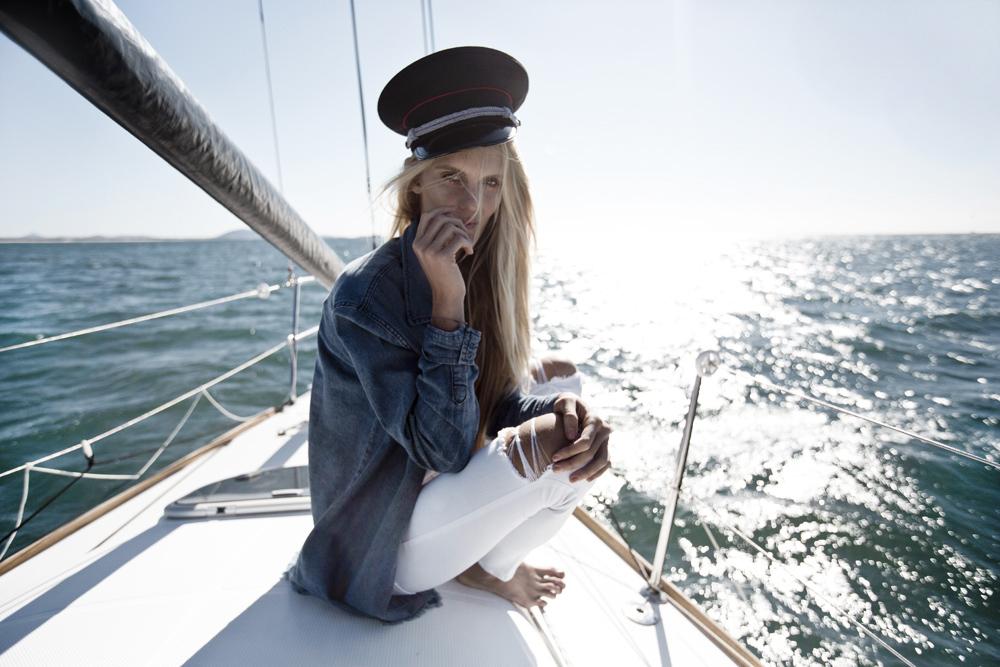 Hanalei-Reponty-Yacht-Editorial-Alterior-Motif-Oracle-Fox.2.jpg