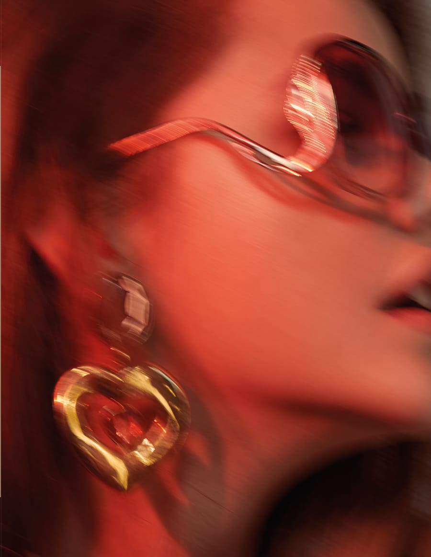 Vogue-Portugal-March-2018-Barbara-Palvin-Andreas-Ortner-4.jpg