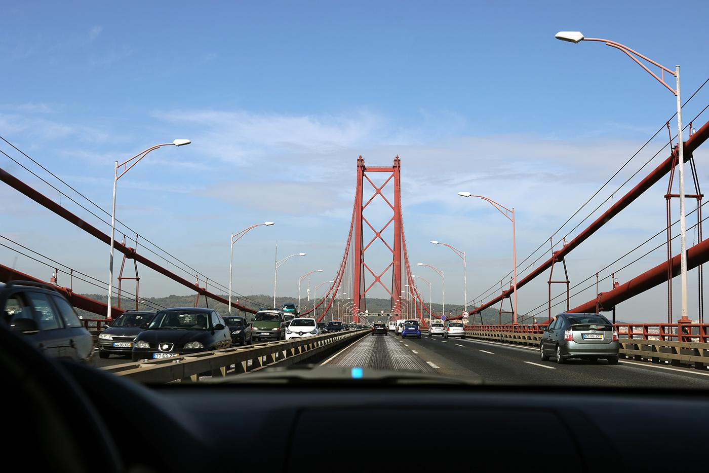 ponte25abril_pn.jpg