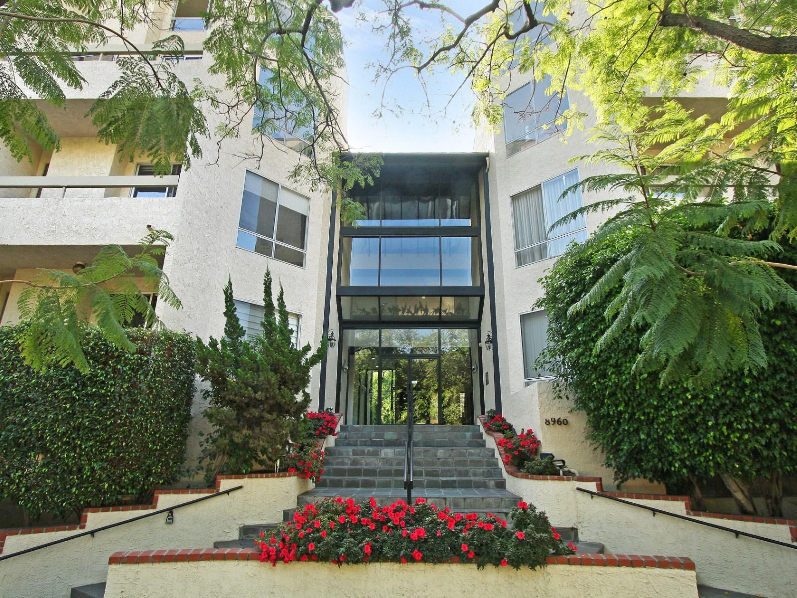 WestHollywood-1BD1BA-499,000.jpg