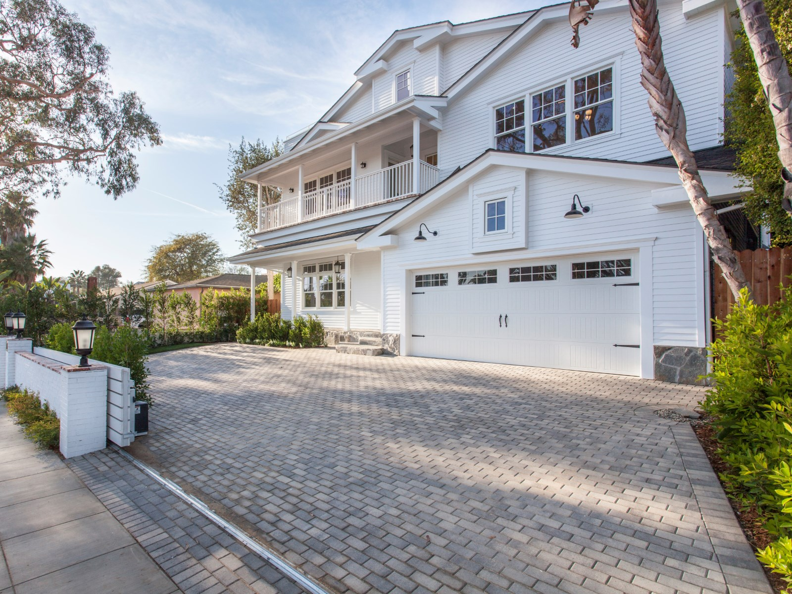 PACIFIC PALISADES  |  4BD/6BA  |  SOLD FOR $3,199,999