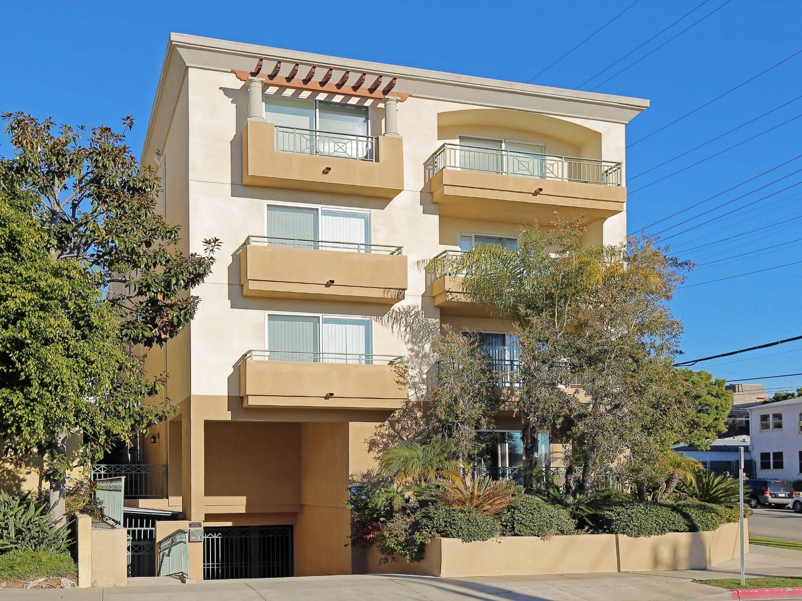 West Los Angeles - 1BD1BA - 465,000.jpg