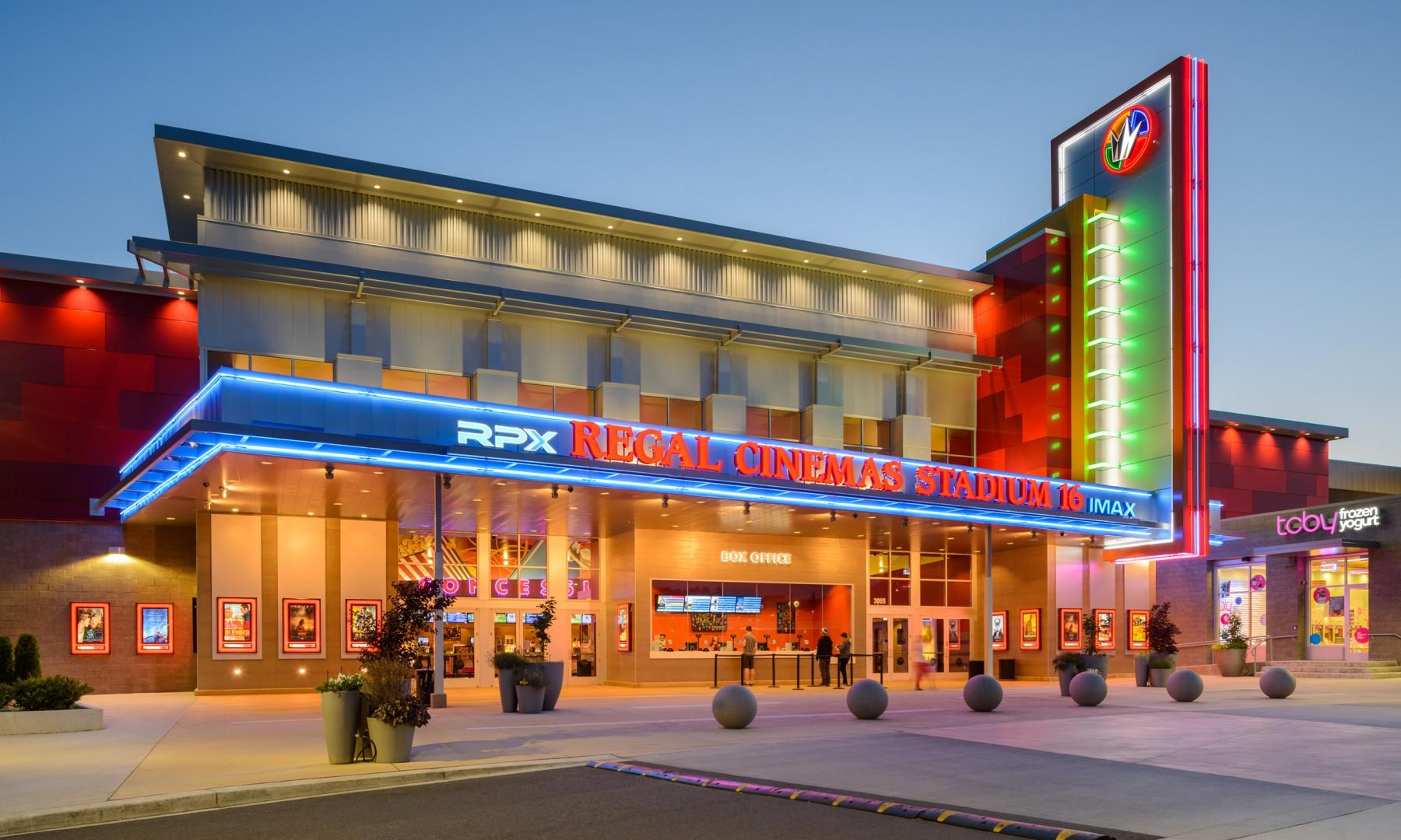 Regal Cinemas.jpg