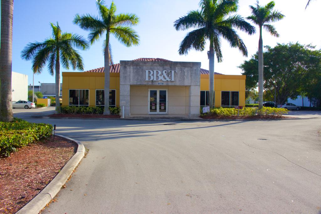 BB&T Bank - Doral, Miami, FL 2.png