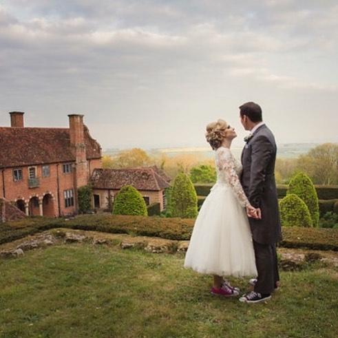 #weddingwednesday  #weddingphotography #bridalportraits #coupleportrait #katywinterfloodphotography #portlympnewedding #ukwedding #bridalphotography #winnipegphotographer #londonphotographer