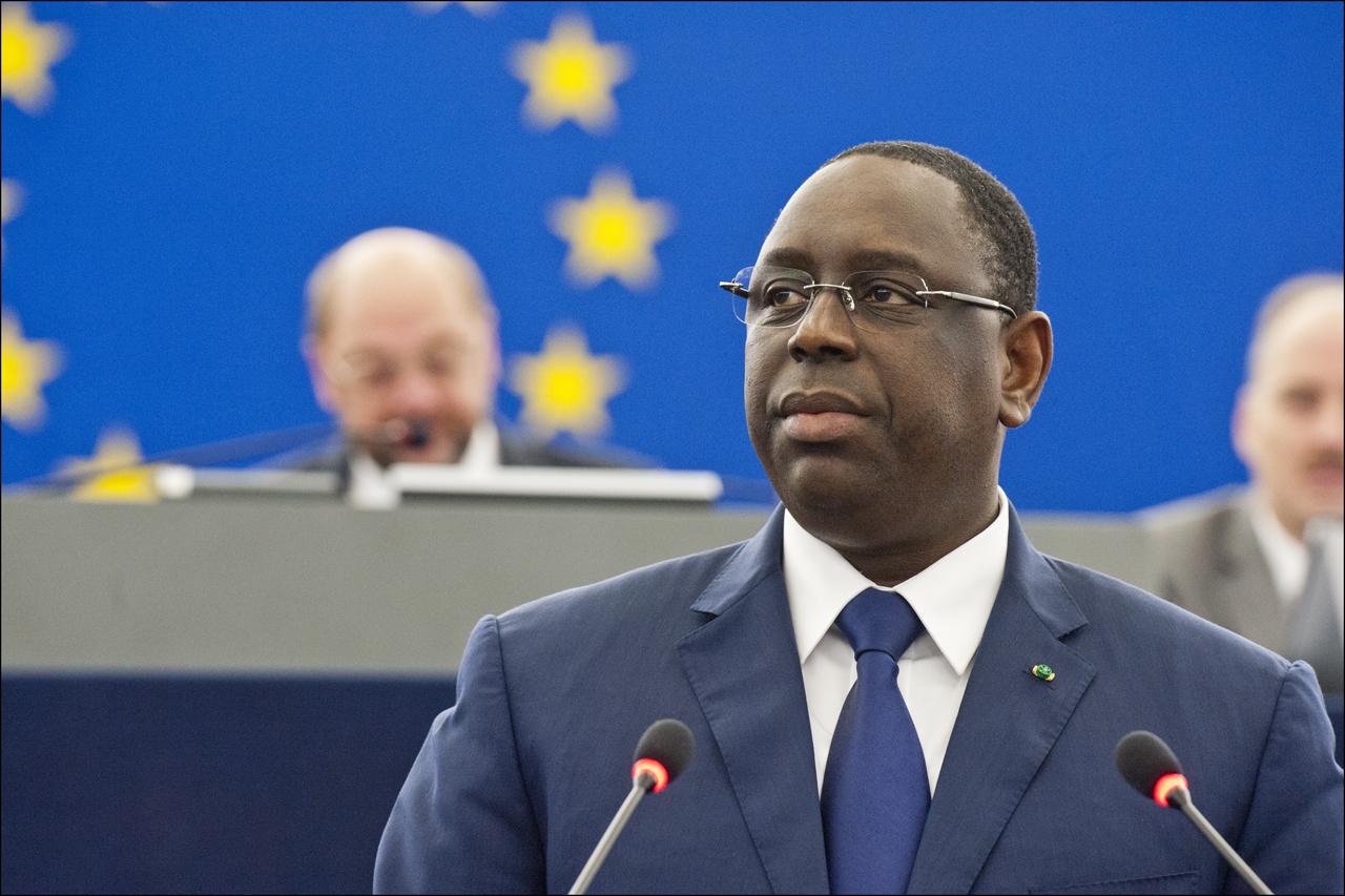 Le président sénégalais Macky Sall s'exprime lors d'une séance plénière du Parlement européen (Parlement européen/© Union européenne2013)