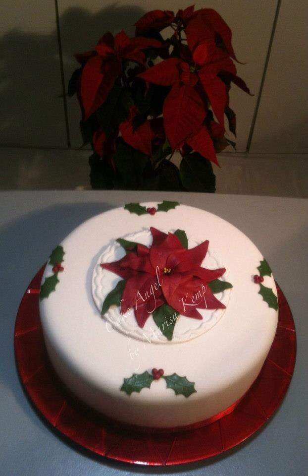 Christmas cake with poinsettia Topper