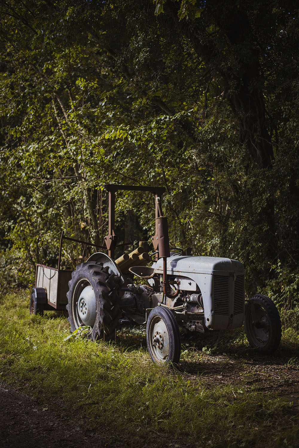 farm tractor at nantwen wedding venue