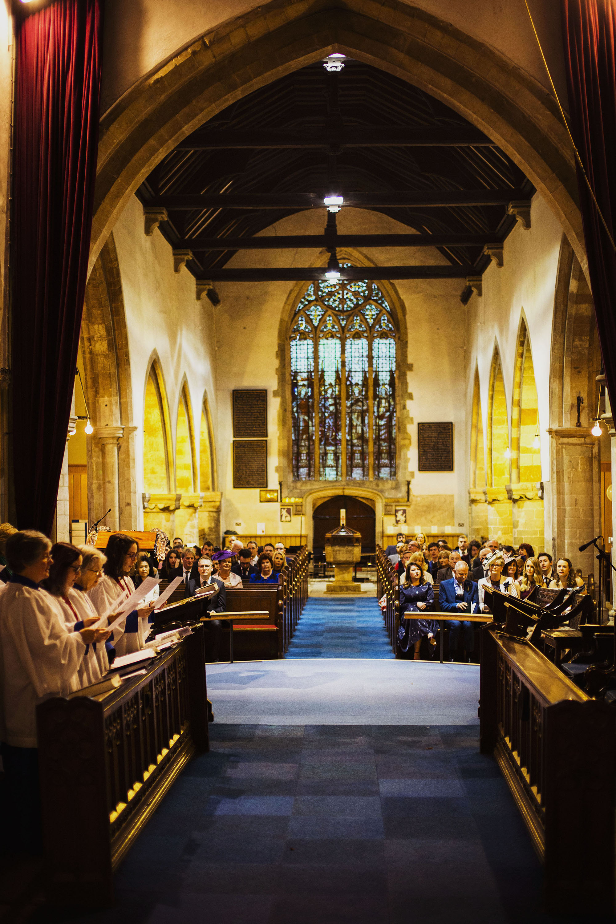 wedding congregation and choir at st laurence church